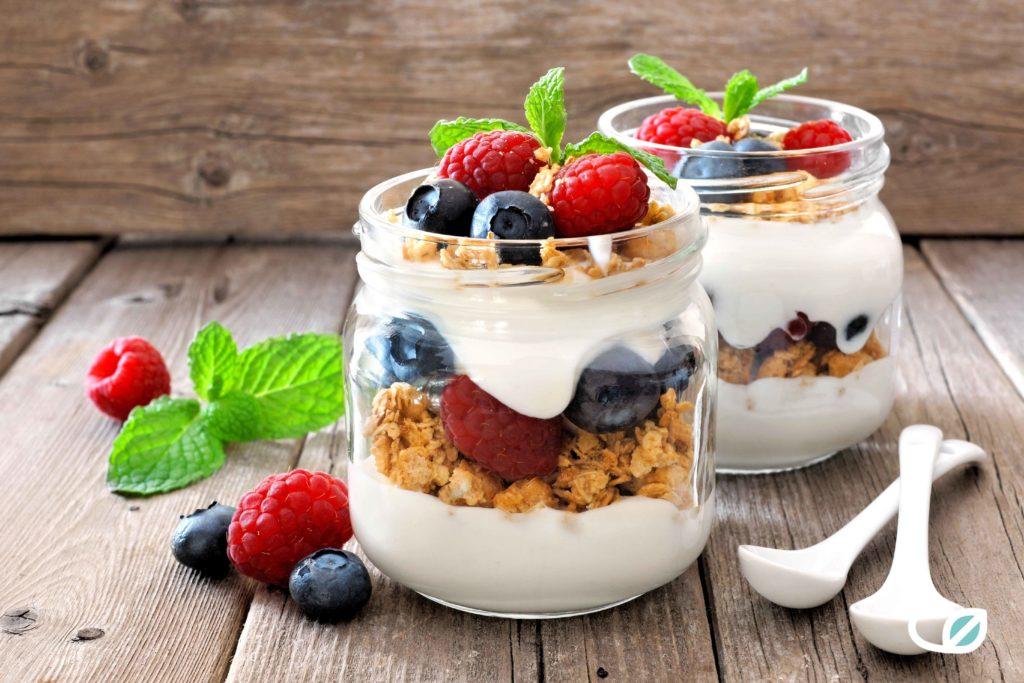 Keto Griekse Yoghurt proteïne granola bessen ontbijt