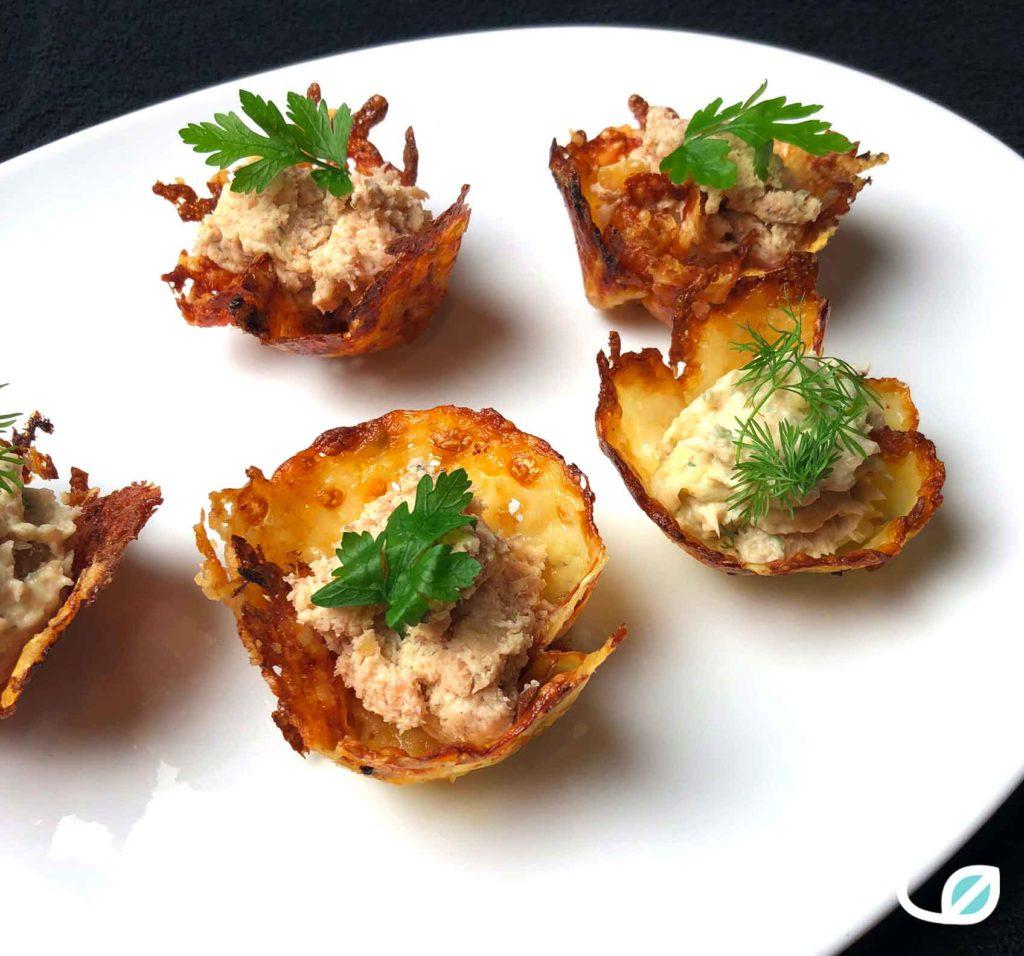 Keto Cheese cups met zalmmousse en rauwe hammousse