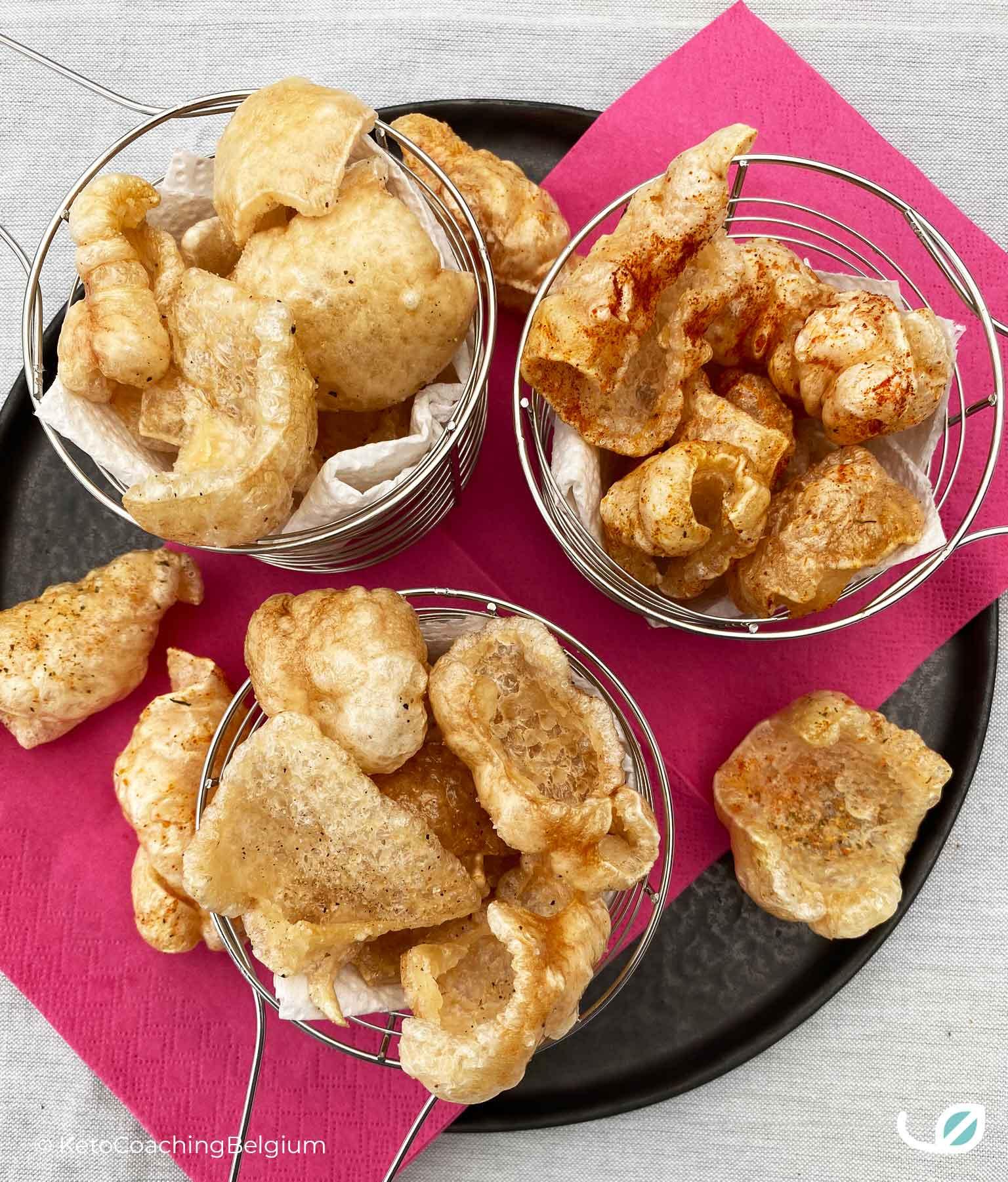 Homemade pork rinds chicarrones met paprika chili tex mex peper zout