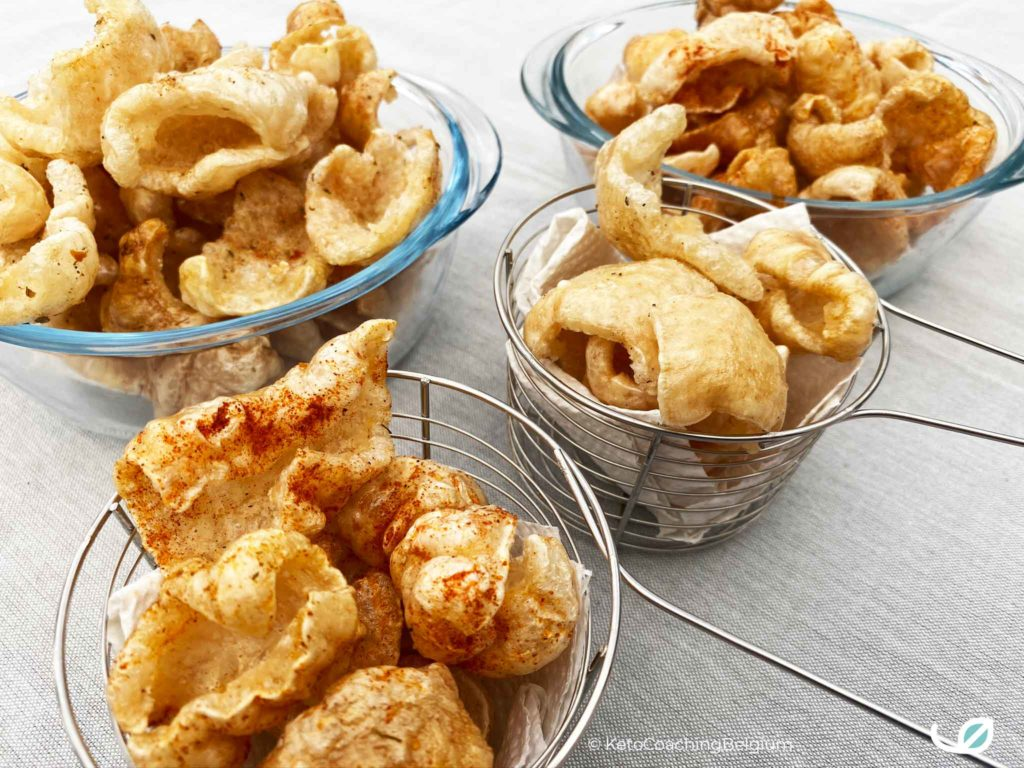 Homemade pork rinds chicarrones paprika chili tex mex peper zout