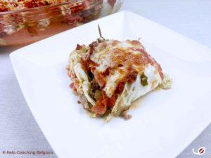 Keto Gevulde Koolpakketjes met tomatensaus en kaas gegratineerd in de oven
