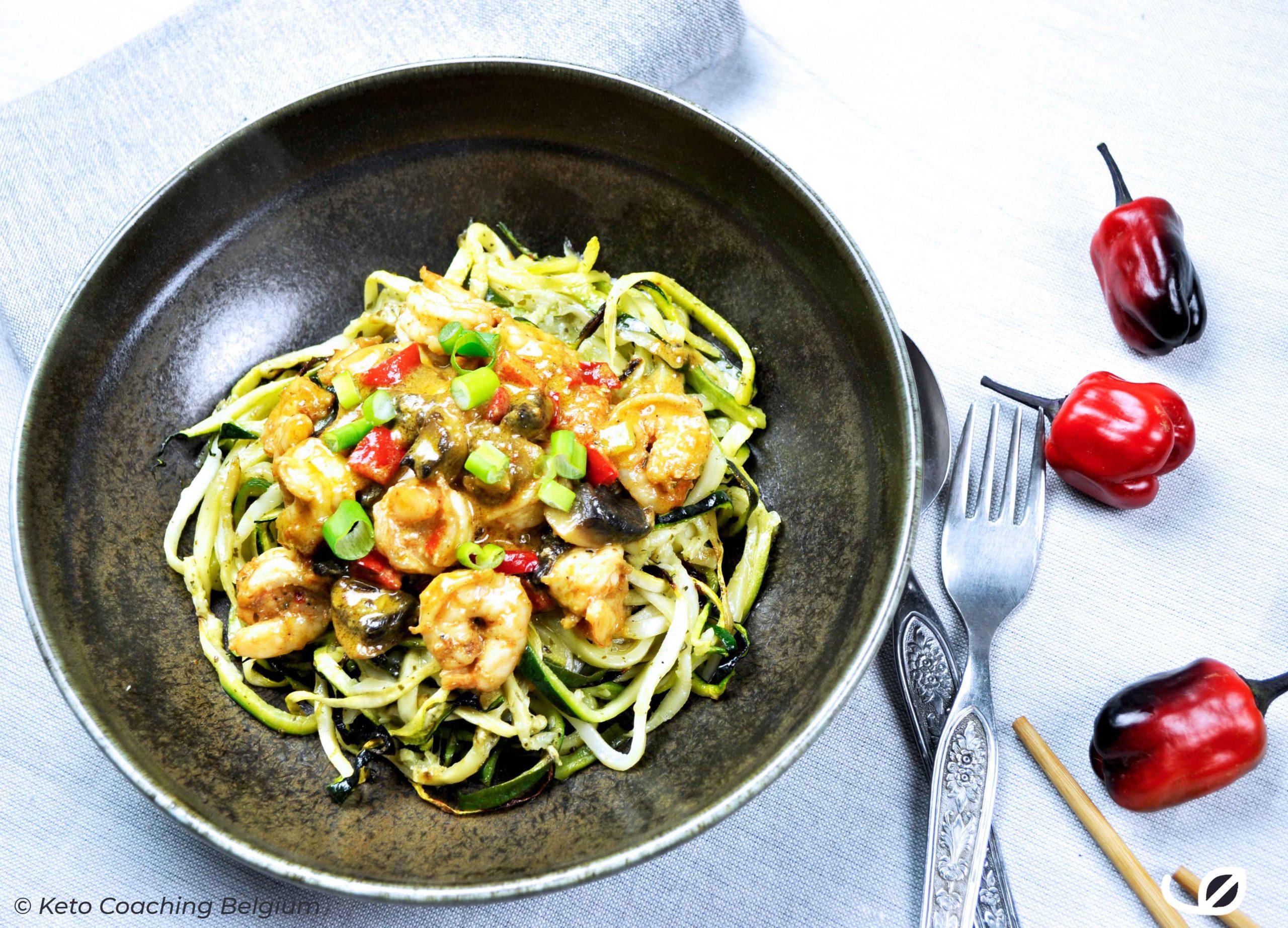 Keto Scampi Diabolique met courgette en aubergine noodles courgetti en aubergini