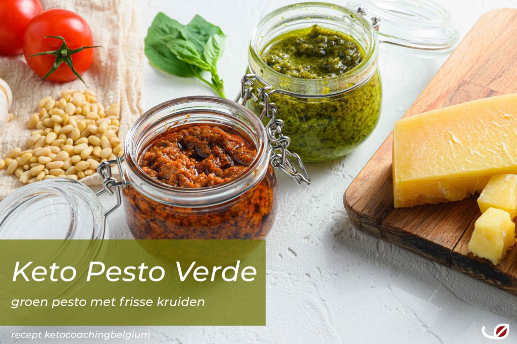 Keto Italaanse Pesto Verde een groene pesto met frisse verse kruiden