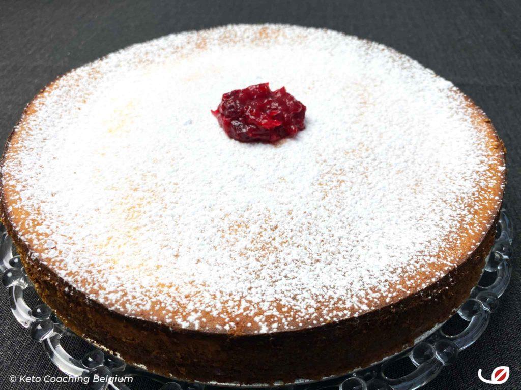 glutenvrije en suikervrije keto en low-carb ricotta cheesecake
