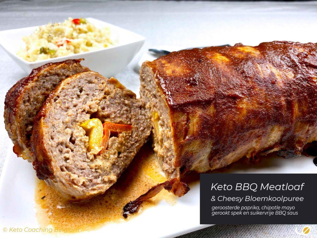 Keto BBQ vleesbrood met vulling geroosterde paprika bloemkoolpuree