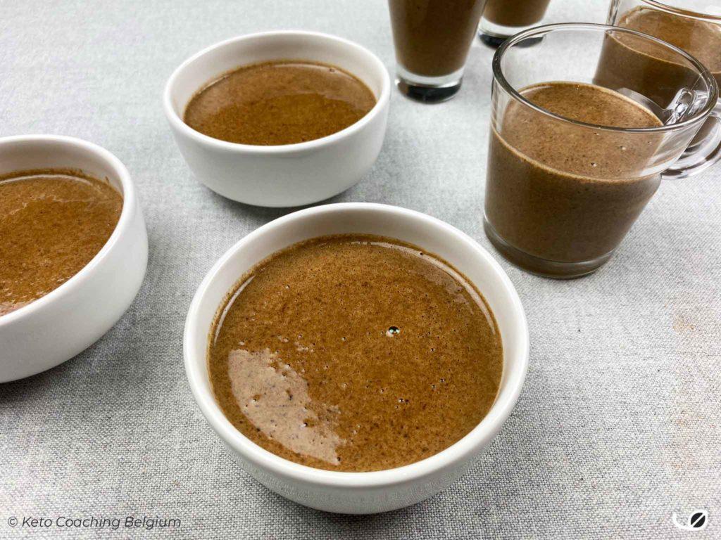 Keto mokka chocolade mousse pudding potjes