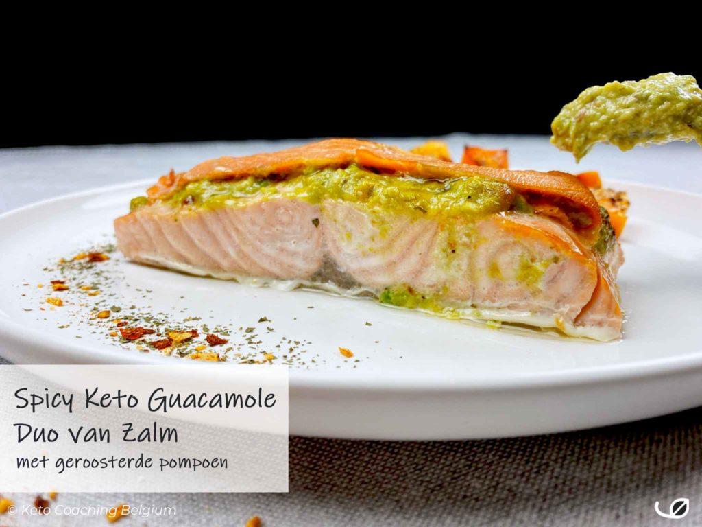 Keto zalm met mexicaanse guacamole gerookte zalm en geroosterde pompoen tekst