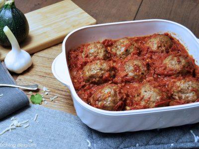 Keto gehaktballen tomatensaus en Italiaanse groentenschotel