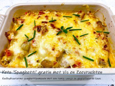 Keto spaghetti pompoen met vis en zeevruchten en een romige koolhydraatarme saus met gegratineerde kaas